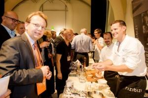 Botschafter Dr.Rahten freut sich über das rege Interessen an Sloweniens Kultur und Kulinarik